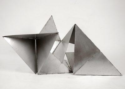 Bicho, 1961 Aluminium 20 x 35 cm