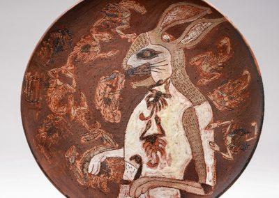 Lapin et scorpions, 1978 Céramique peinte 32 cm