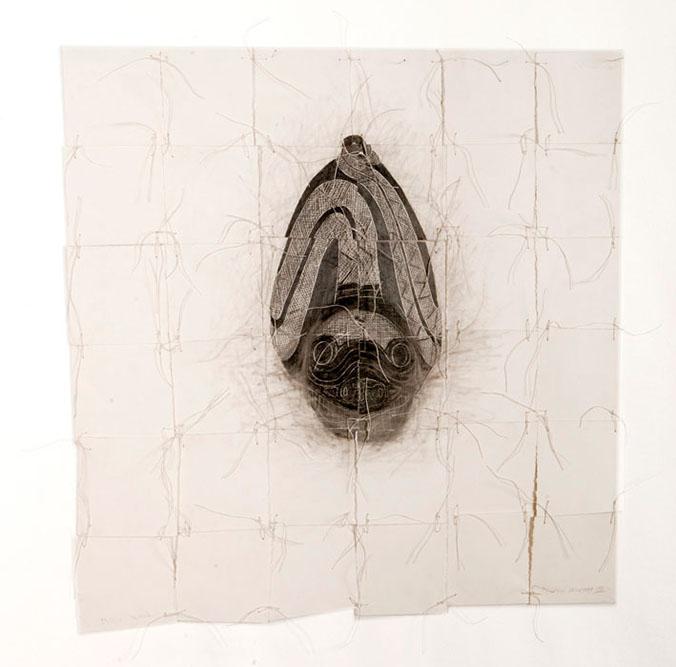 Masque de tortue, série Copiar Cortar, 2002 Graphite sur fibre de coton 60 x 60 cm