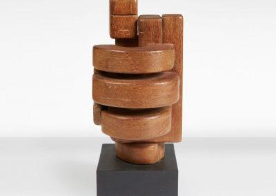 Sans titre, 1960 Bois sculpté 45 x 65 cm