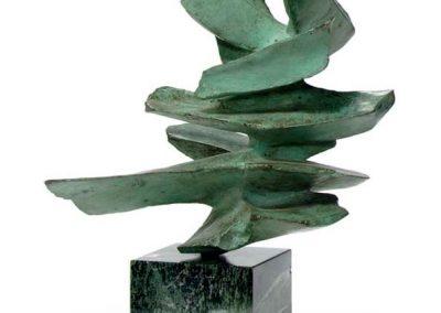 Sans titre, 1976 Bronze et marbre 43 x 39 x 23 cm