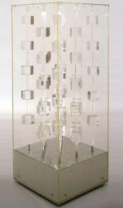 Structure transparente, 1969 Installation 123 x 47 x 47 cm